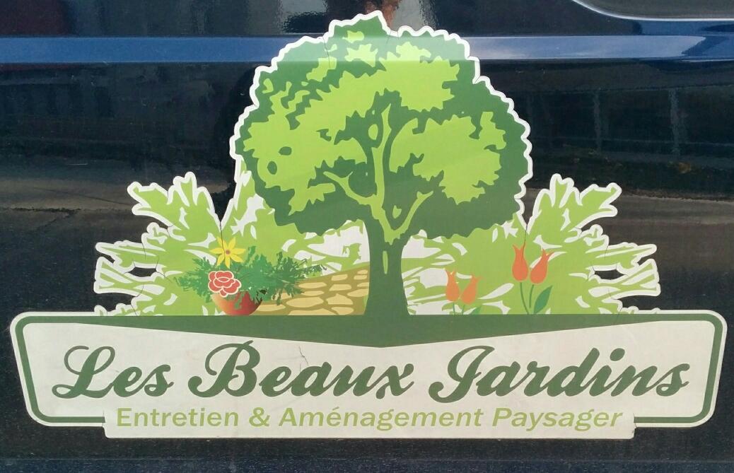 Les Beaux Jardins - Gardener