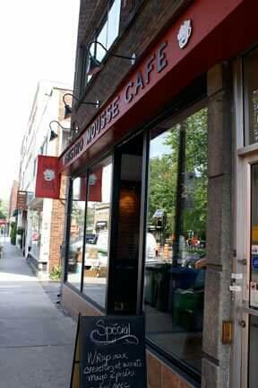 Bistro Mousse Café - Restaurant